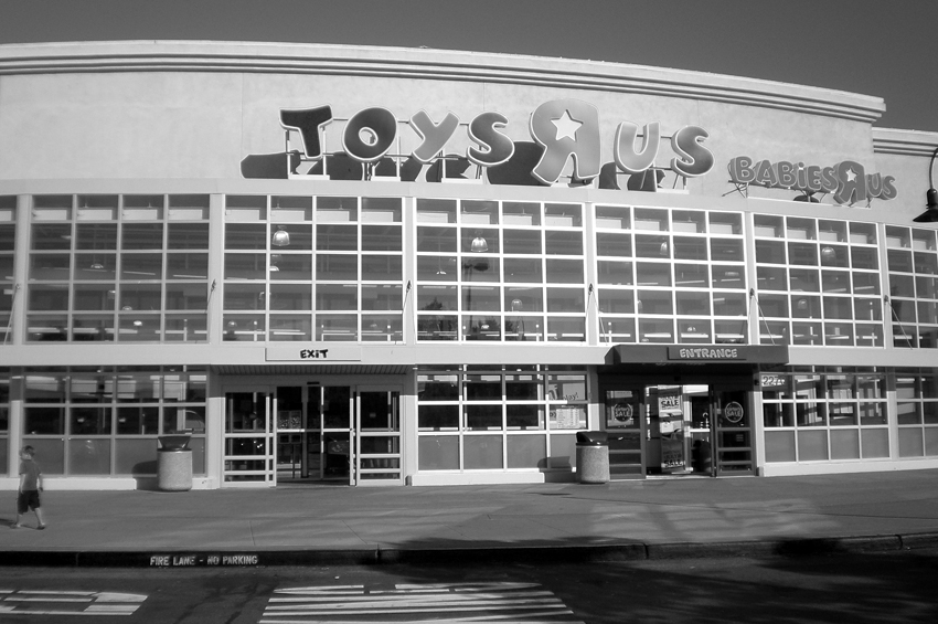 toys-r-us-app-nerds