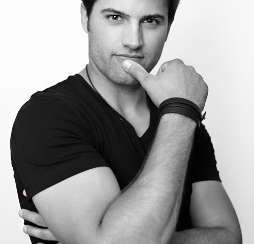 model-actor-headshot-toronto
